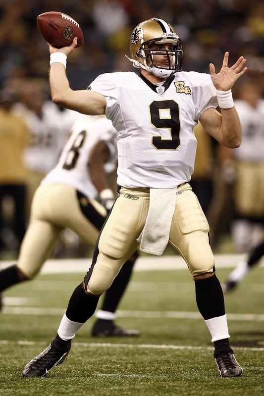 Can Drew Brees Break Dan Marino S Single Season Passing