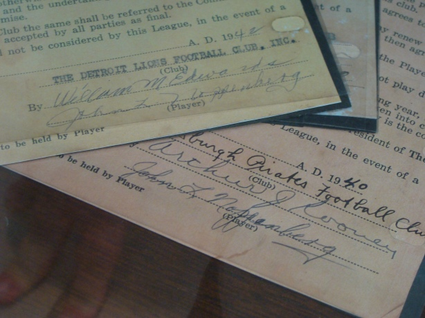 A real NFL contract from 1948 - Show me the moneeeeey