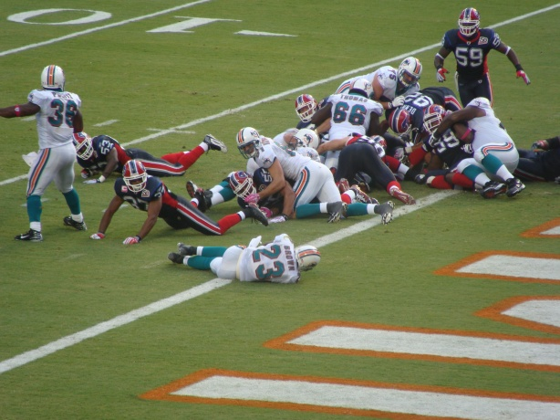 Ronnie Brown scores his first TD of the day ........just !