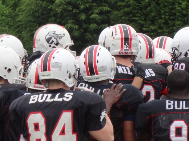 Birmingham Bulls players get ready for kickoff - taken by Lawrence Vos
